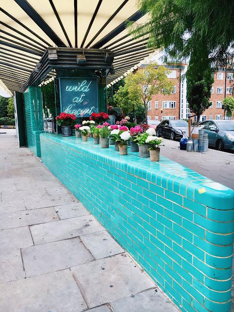 Notting Hill Street Corner