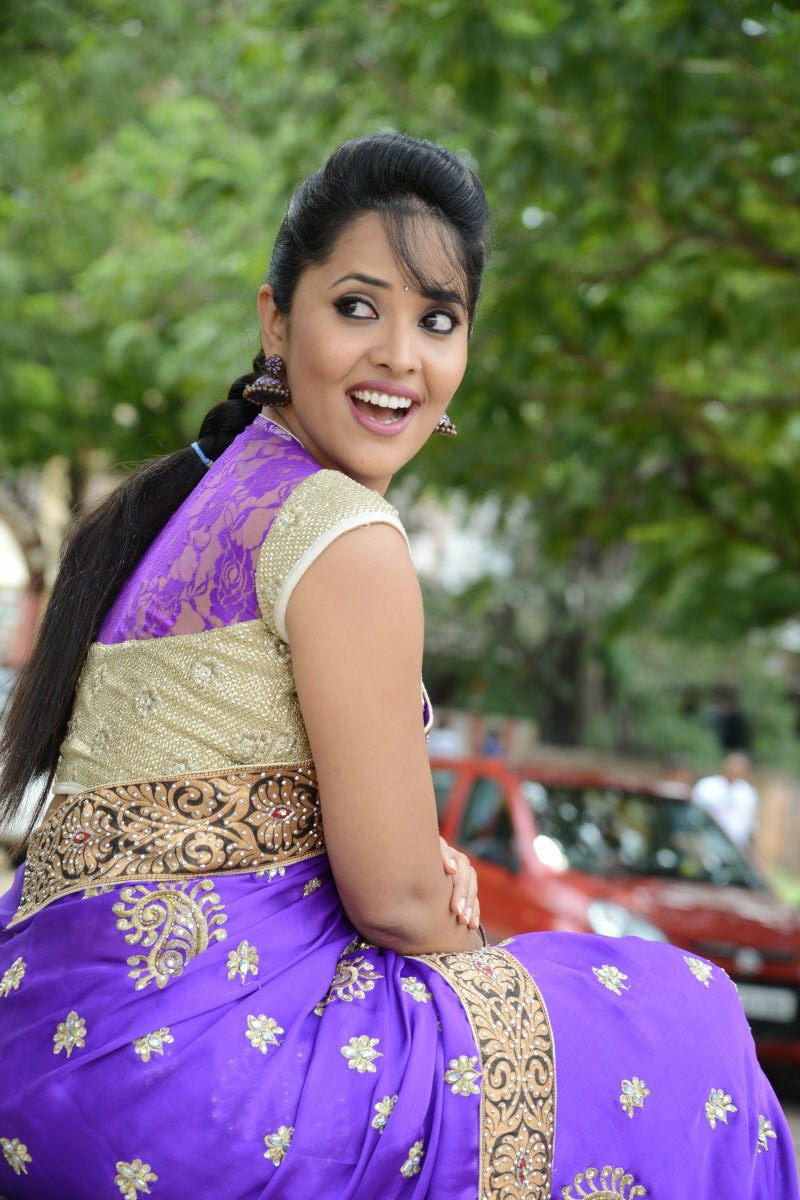 Telugu TV Anchor Anasuya Latest Stills In Saree