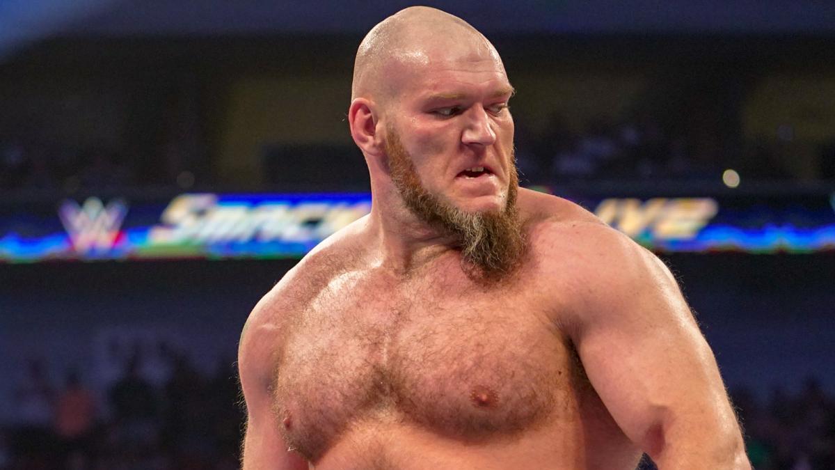 Demissão de Lars Sullivan já era esperada nos bastidores da WWE