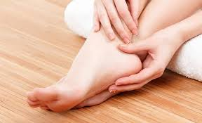 How To Take Care Of Your Feet In The Winter