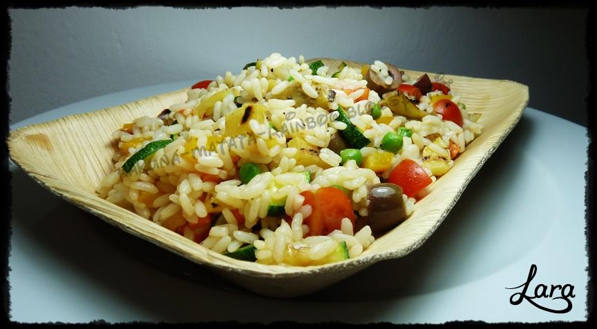 http://cucinaconlara.blogspot.it/2014/07/insalata-di-riso-con-verdure-condiriso.html