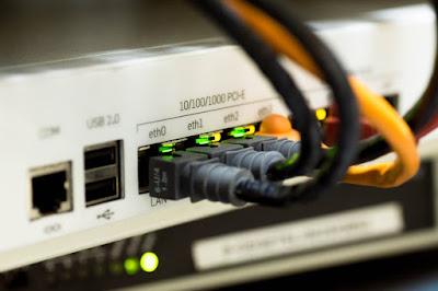 Perbedaan hub dan switch terhadap pengiriman data