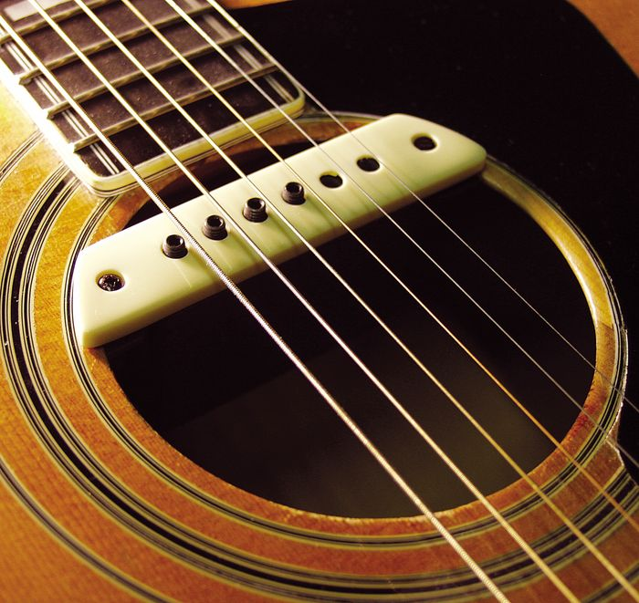 Pickup Soundhole