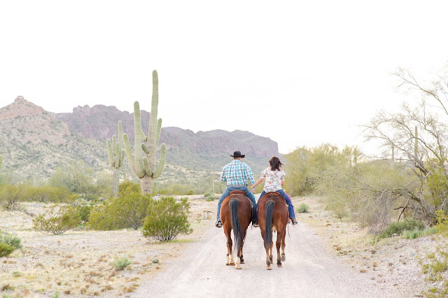 AZ Desert Engagement Session with Horses by Micah Carling Photography