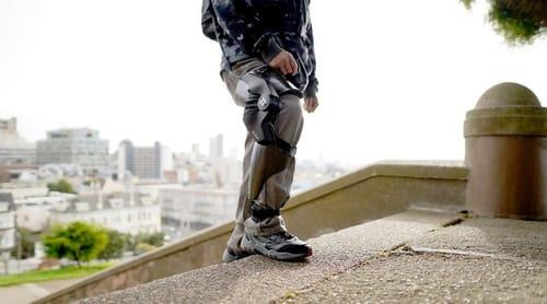 Ascend ... a robotic pillar for a new era of human mobility