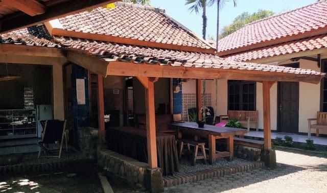 20 Foto Tempat penginapan murah di pantai Cibangban Sukabumi