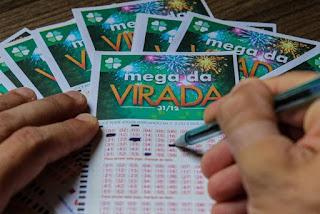 Sete apostas na Paraíba acertam cinco dezenas da Mega da Virada e levam cada uma quase R$ 49 mil