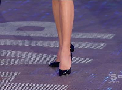 Elisabetta Gregoraci scarpe grande fratello vip