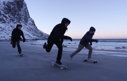 NORTHBOUND - Skateboarding auf gefrorenem Sand | Feiner Skateboard Kurzfilm
