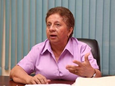 En La Opinión De La Profesora Nelva Reyes Barahona: Gobiernos y promesas.