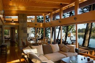 Sala con ventanales