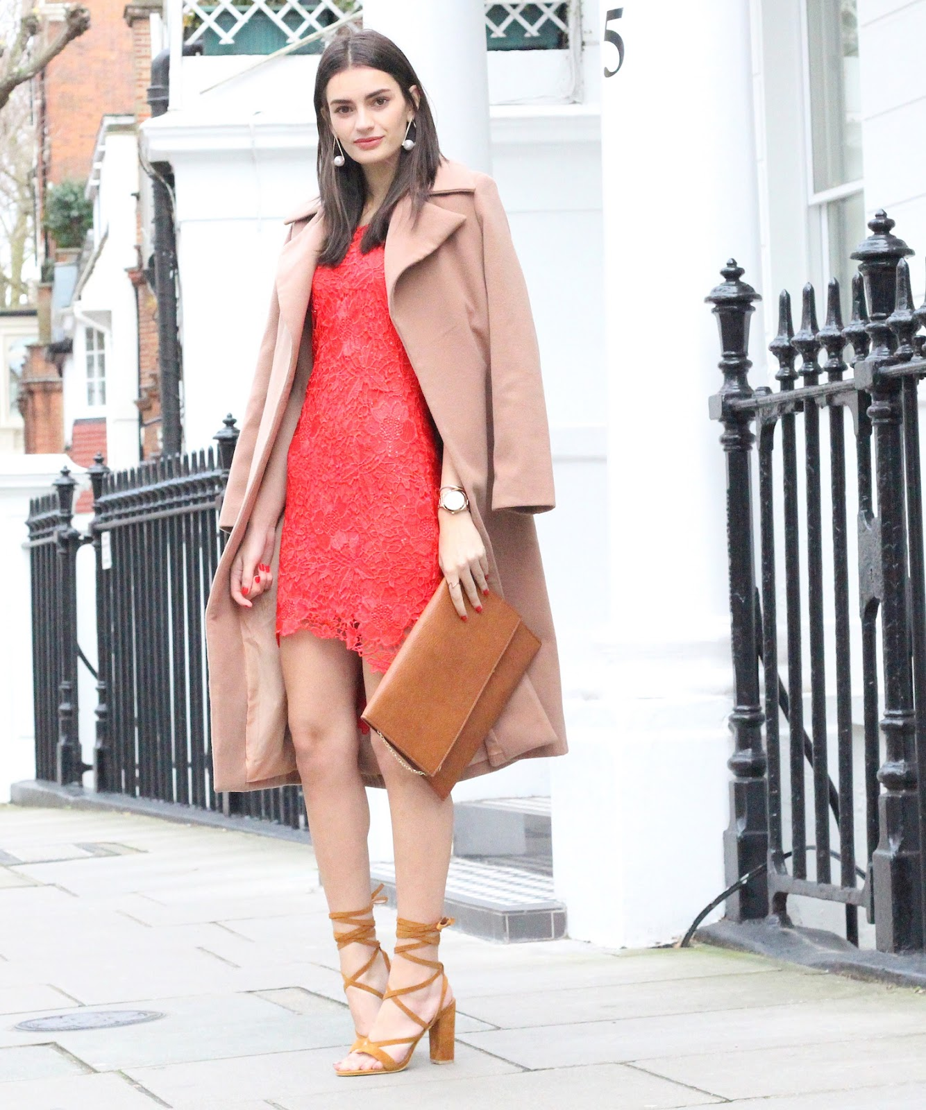 peexo fashion blogger wearing christmas outfit