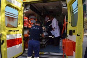 Τραυματίας δικυκλιστής σε τροχαίο στη Μουδανιών