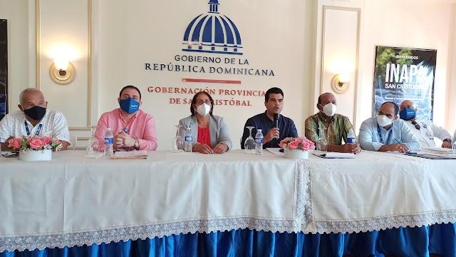 INAPA se reúne con comunitarios de San Cristóbal