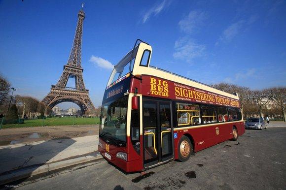 Tour guiado de ônibus em Paris