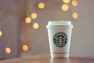 Hora de mudar? Design francês sugere nova identidade para Starbucks