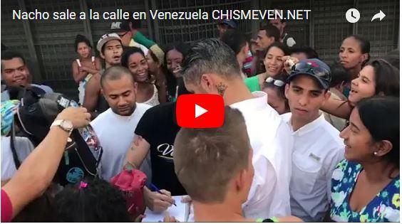 Nacho paseando por las calles de Caracas - Ya que no lo dejan salir del país