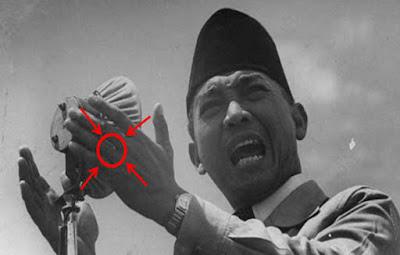 mustika bung karno, azimat yang dipakai soekarno, jimat presiden soekarno, mustika bung karno yang asli