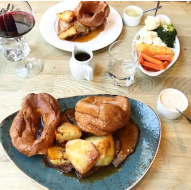 Our Guide to the Best Sunday Lunches in North East England | 30+ Recommendations & Photos - Northumberland Arms, Felton