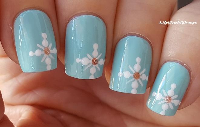 Life World Women Baby Blue Snowflake Nail Art For Christmas Winter