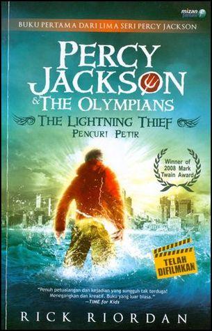 Hasil gambar untuk Novel Percy Jackson (Pencuri Petir) – Rick Riordan