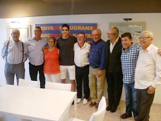 Esguard de Dona - Marc Bartra amb la Junta Directiva de la Penya Blaugrana Marc Bartra