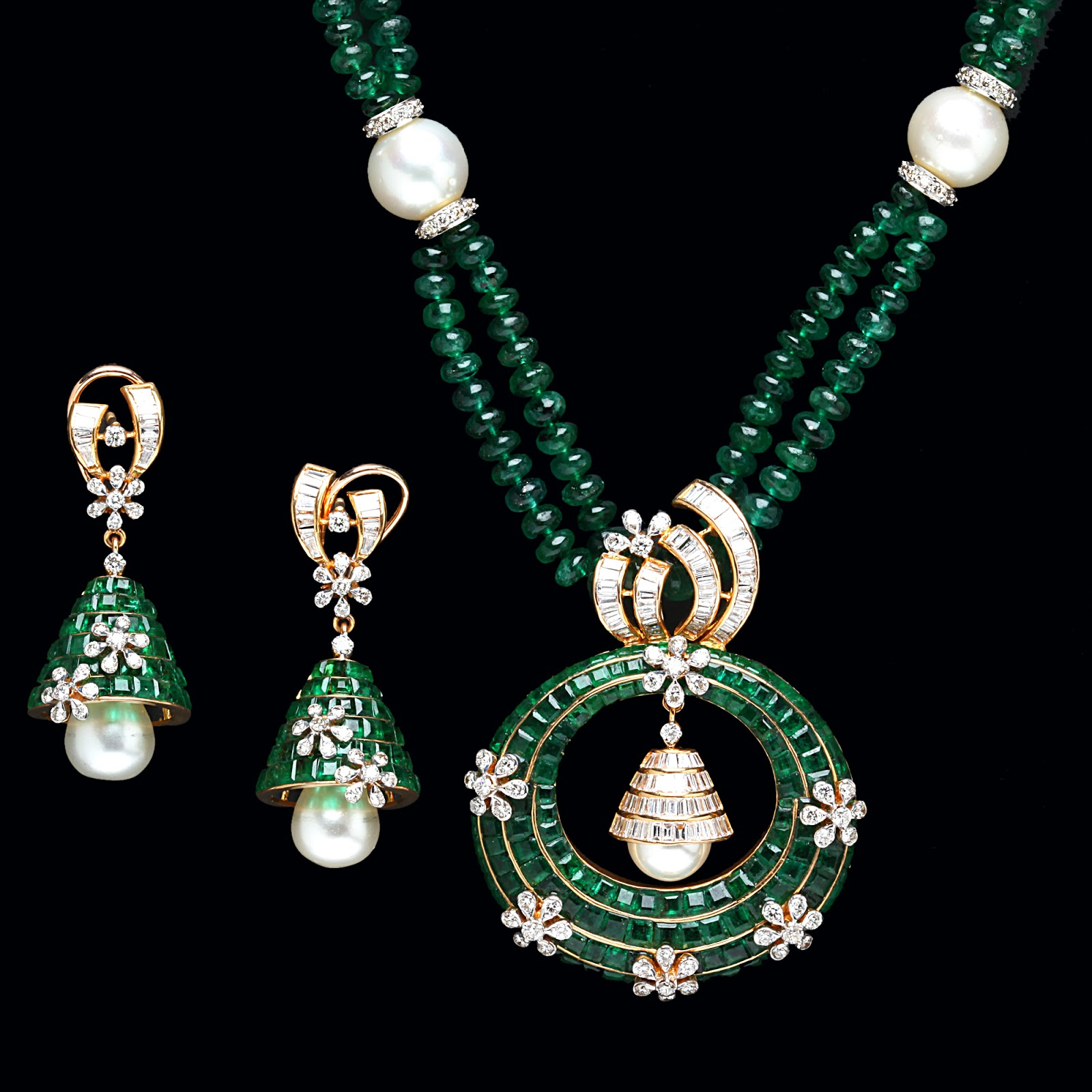 Indian Jewellery and Clothing: Emerald Pendant sets from PC Jewellers..