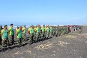 HUT Ke-56 Brigif Raider 9 Kostrad Fokus Pembersihan dan Penghijauan Pantai Paseban