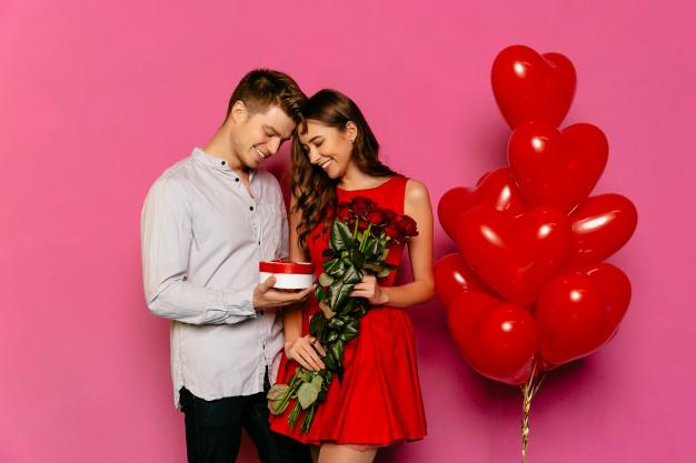 Sevgiliye Yıldönümü Hediye Fikirleri