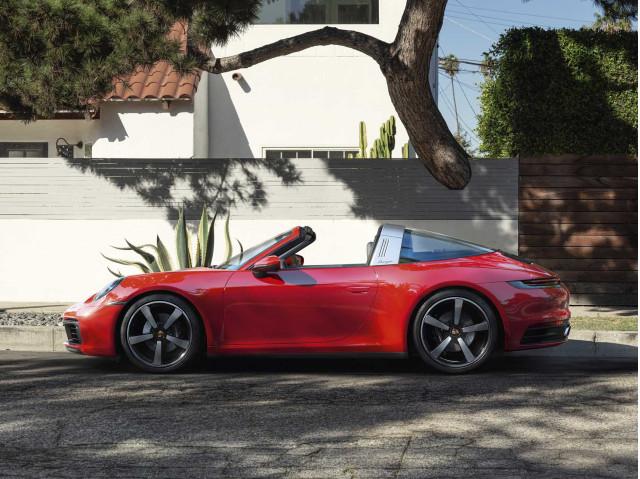 2021 Porsche 911 Review
