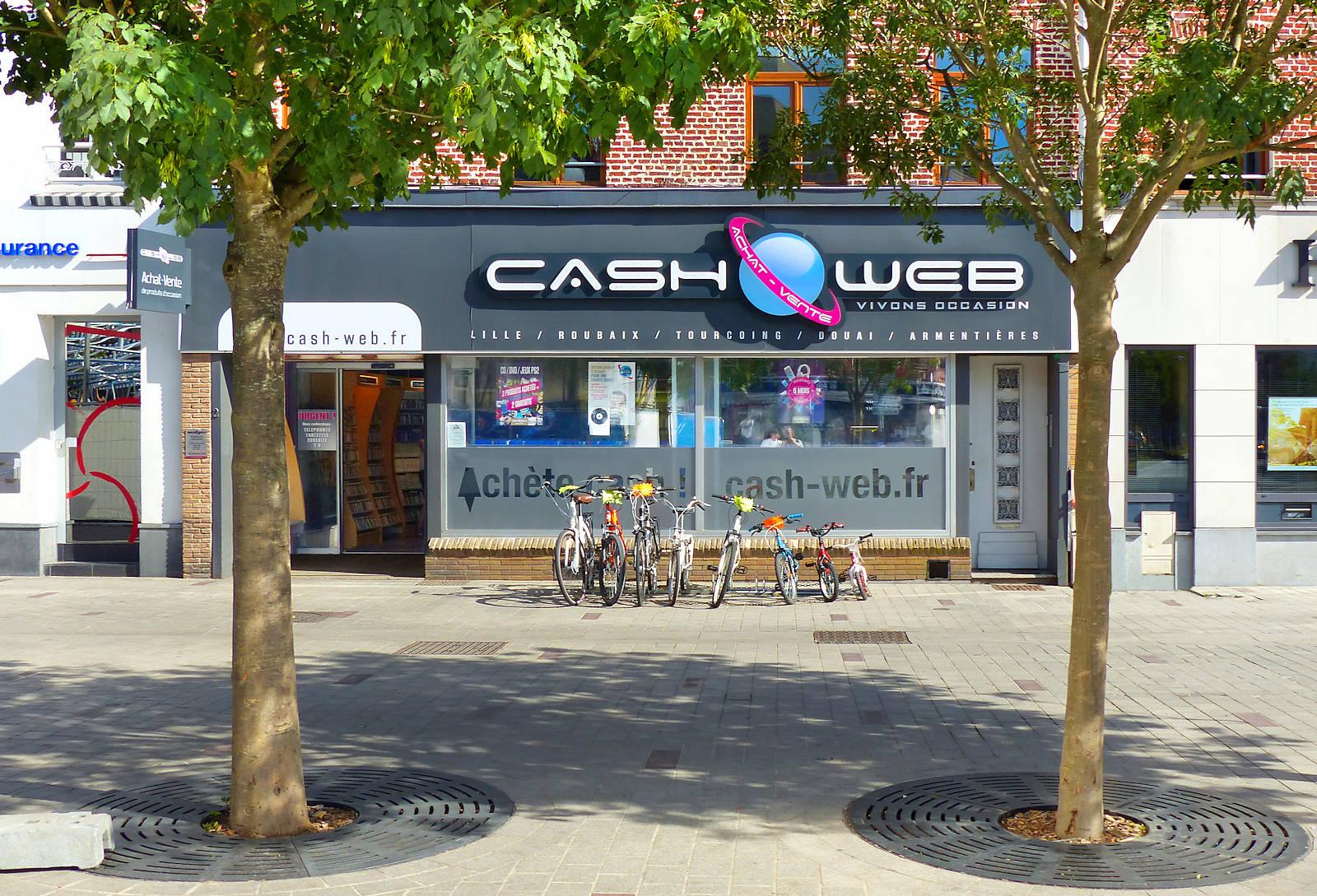 Cash Web Tourcoing, place Roussel