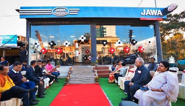 Famous Motorcycle Brand JAWA launched its new Dealership at Chapaguri