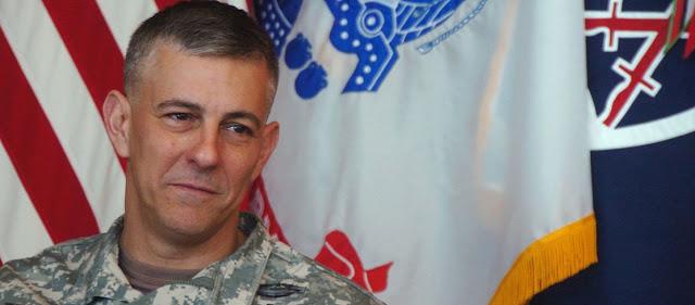 Αμερικανός στρατηγός βάζει μπουρλότο στην Λιβύη