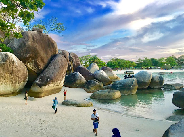 Paket Wisata Belitung 3 Hari 2 Malam - Paket Tour Belitung 3D2N