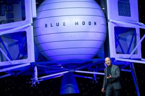 Amazon founder offers $2 billion to NASA