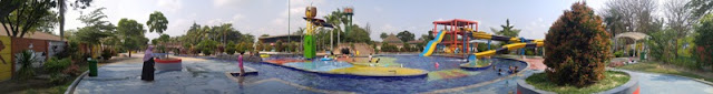 KCC Waterworld Cilegon Kolam Renang