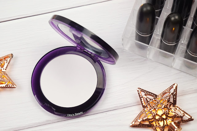 Dino's Beauty, Urban Decay, De-Slick, Mattifying Powder, Oily Skin, Combination Skin, Oil Control, Skincare, Makeup, Makeup Review, Pressed Powder, Urban Decay De-Slick, beauty, beauty review, Compact, Translucent Powder
