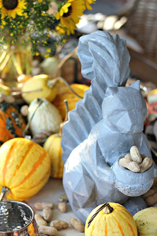 fall table decor, thanksgiving table, tablescape, squirrel, outdoor decor