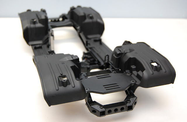 Traxxas TRX-4 chassis front