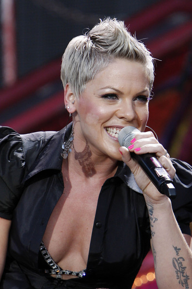 Pictures of pink Hairstyles New Haircut. - blondelacquer