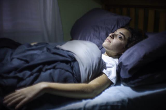 A paralisia do sono na visão espírita