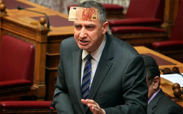 Σύμφωνα με δημοσίευμα του περιοδικού HOT DOC ο υπουργός Εσωτερικών Γιάννης Μιχελάκης λαδώθηκε από τον προφυλακισμένο επιχειρηματία Αναστάσιο Πάλλη για να υποβάλλει ερώτηση στη βουλή κατά του αντίπαλου επιχειρηματία Βίκτωρα Ρέστη.