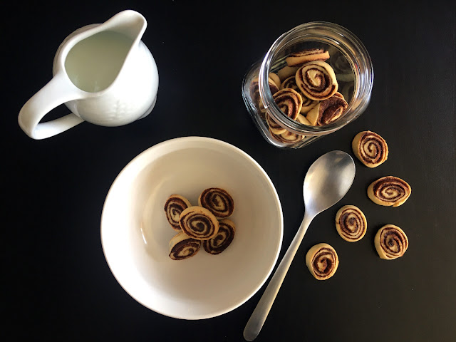 Cereales cinnamon roll o rollitos de canela en miniatura