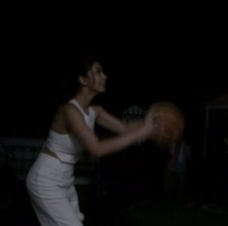 Angel Locsin Spotted Playing Basketball While Wearing This! WATCH IT HERE!