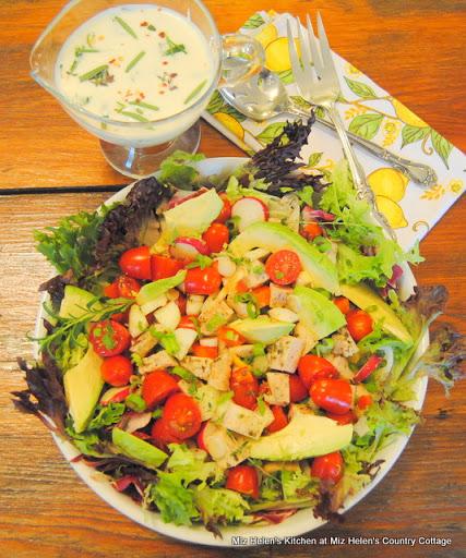 Lemon Herb Chicken Salad With Feta Dressing