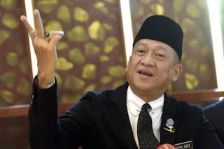 Usul Pecat Muhyiddin,Mukhriz Lepas PRN Sarawak