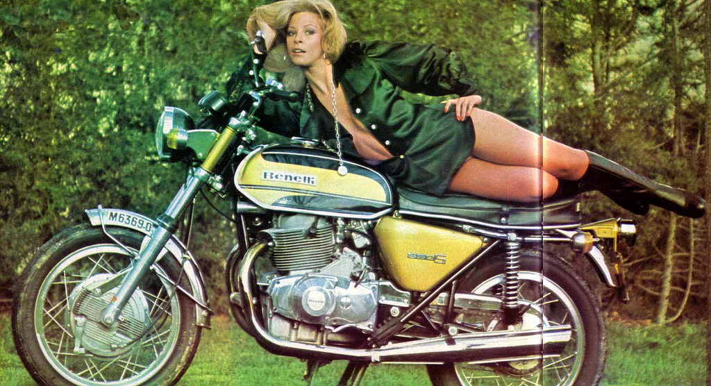 Wallpapers Of Cool Girls Vintage Photos Of Girls In Mini Skirts On Bikes Vintage