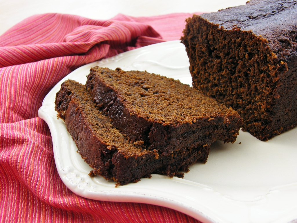 Cake And Loaf Recipes: Treacle Gingerbread Loaf