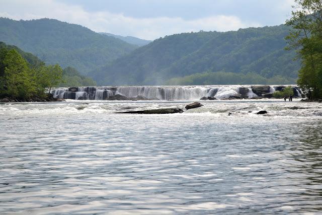 Водоспади Сендстоун, Західна Вірджинія(Sandstone falls, West Virginia)