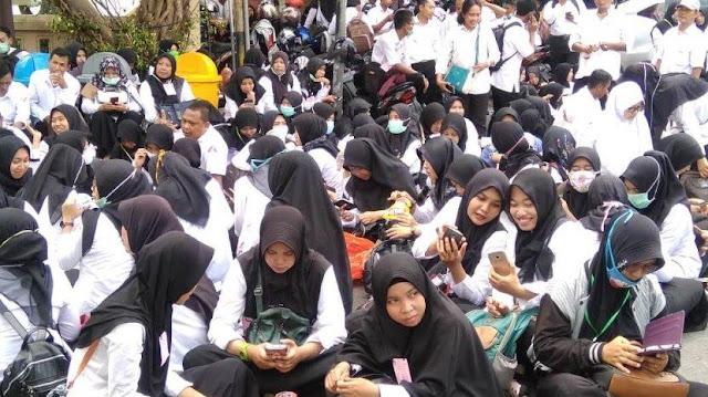 Tunjangan Kesejahteraan dan Tunjangan Profesi Guru Cair